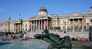 fountain_in_trafalgar_square_2.jpg
