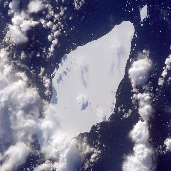 icebergnasa.jpg