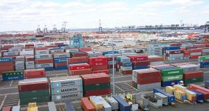 containerporto.jpg
